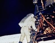Vijftig jaar geleden - De eerste maanlanding: Tentoonstelling.
