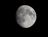 Nieuw boek: The Value of the Moon