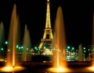 Parijs wordt donkerder
