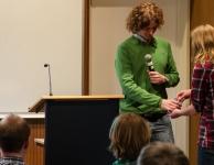 Een onschuldige hand bepaalt de volgorde van de presentaties