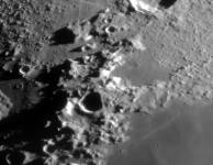 de maan, zicht door de telescoop
