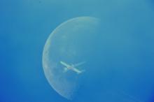 De Maan overdag