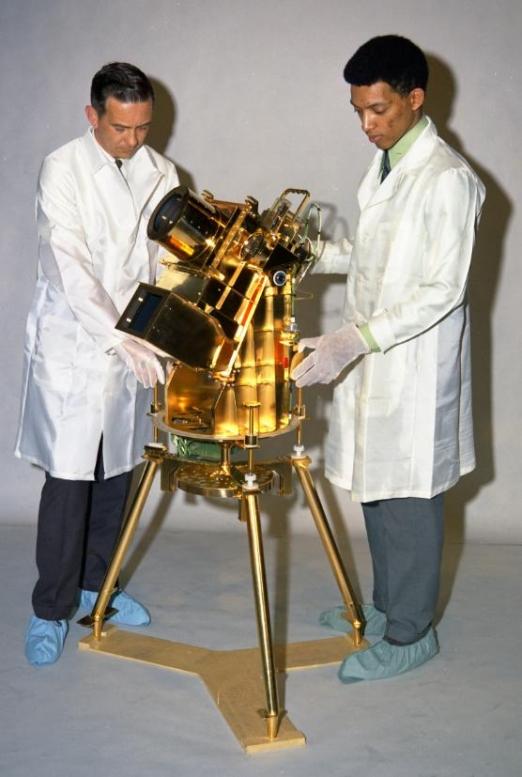 Telescoop op de Maan